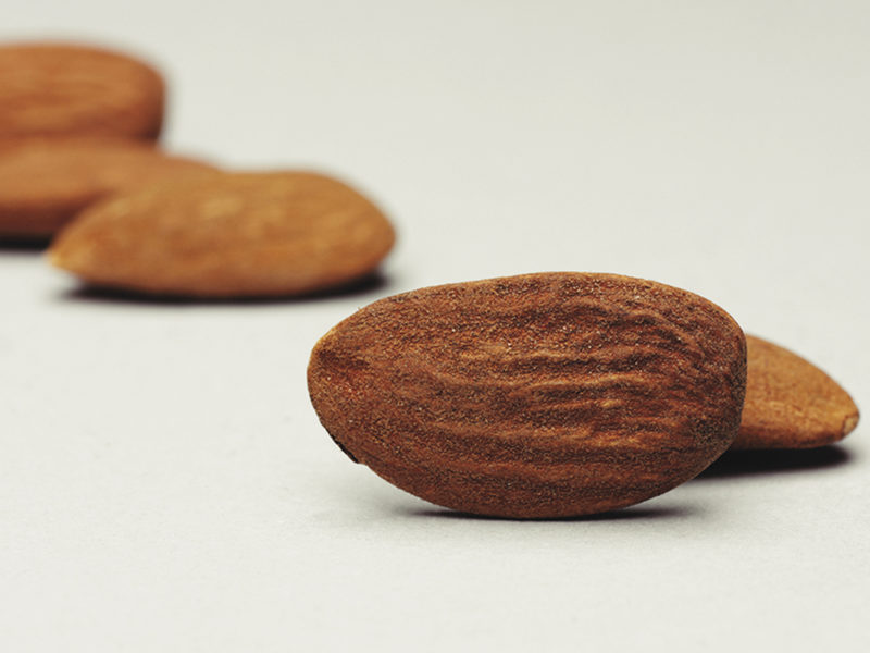 14 WHOLE NATURAL ALMOND