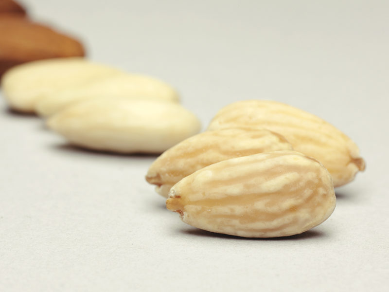 15 ROASTED WHOLE ALMOND